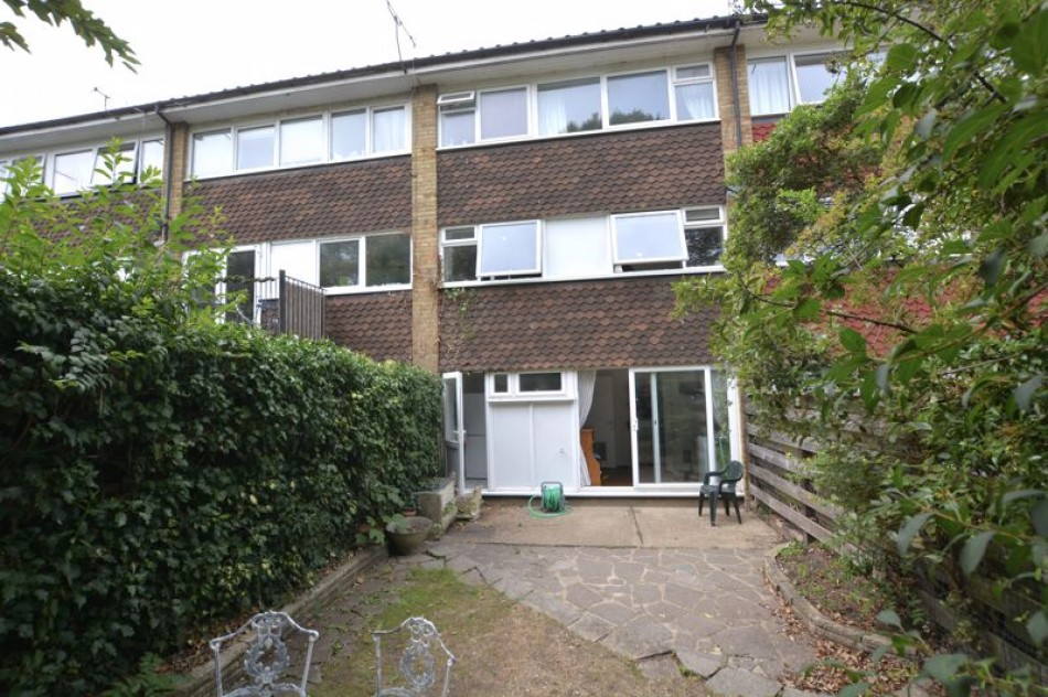 Images for Hotham Close, Hurst Park, West Molesey EAID:Miles&Bird BID:Miles & Bird