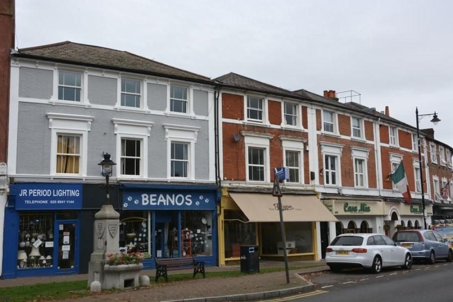 Images for Bridge Road, East Molesey / Hampton Court EAID:Miles&Bird BID:Miles & Bird