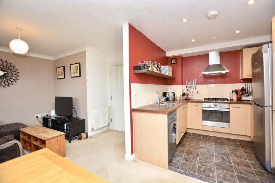 Images for 8 Southcott Road, Teddington EAID:Miles&Bird BID:Miles & Bird